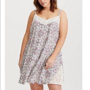 Torrid Ivory Floral Lace Inset Challis dress